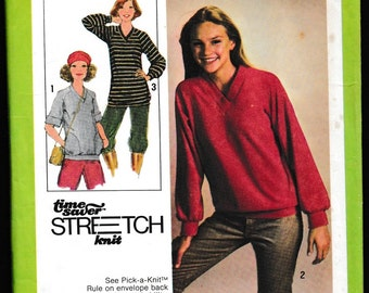 Simplicity 8618 Misses Pullover Top In Two Lengths...A Time Saver™