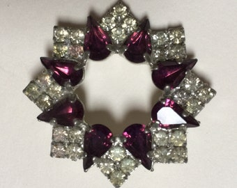 Beautiful Art Deco style costume brooch with purple and clear jewels