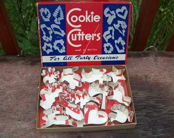 Vintage Wonderful Set of 12 Metal Holiday Cookie Cutters for All Occasions in Original Box