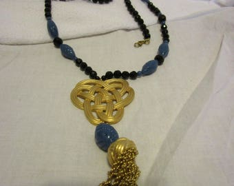 Fancy Costume Retro Gold Tone Metal & Faceted Plastic Beaded Necklace