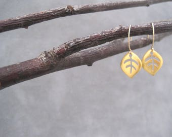 Tiny Leaf Earrings - Modern- Gold- Nature Inspired - Leaf Shape -Modern Charm - Simple Elegance