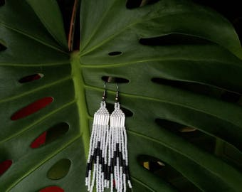 Zebra // Native American Beaded Earrings / black and white / boho jewelry / native style / fringe earrings / tribal / hippie