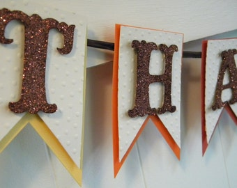 Thankful Banner - Thanksgiving Photo Prop - Thanksgiving Decor - Fall Decor - Thanksgiving Garland