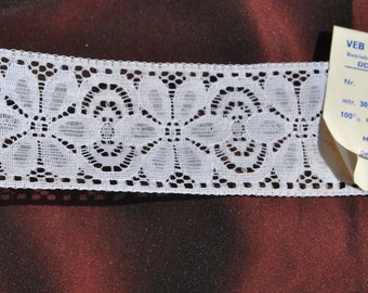 suberb delicate  vintage 1950s 50 mm wide Plauener Spitze white valenciennes all cotton lace  ribbon trim  3 meters