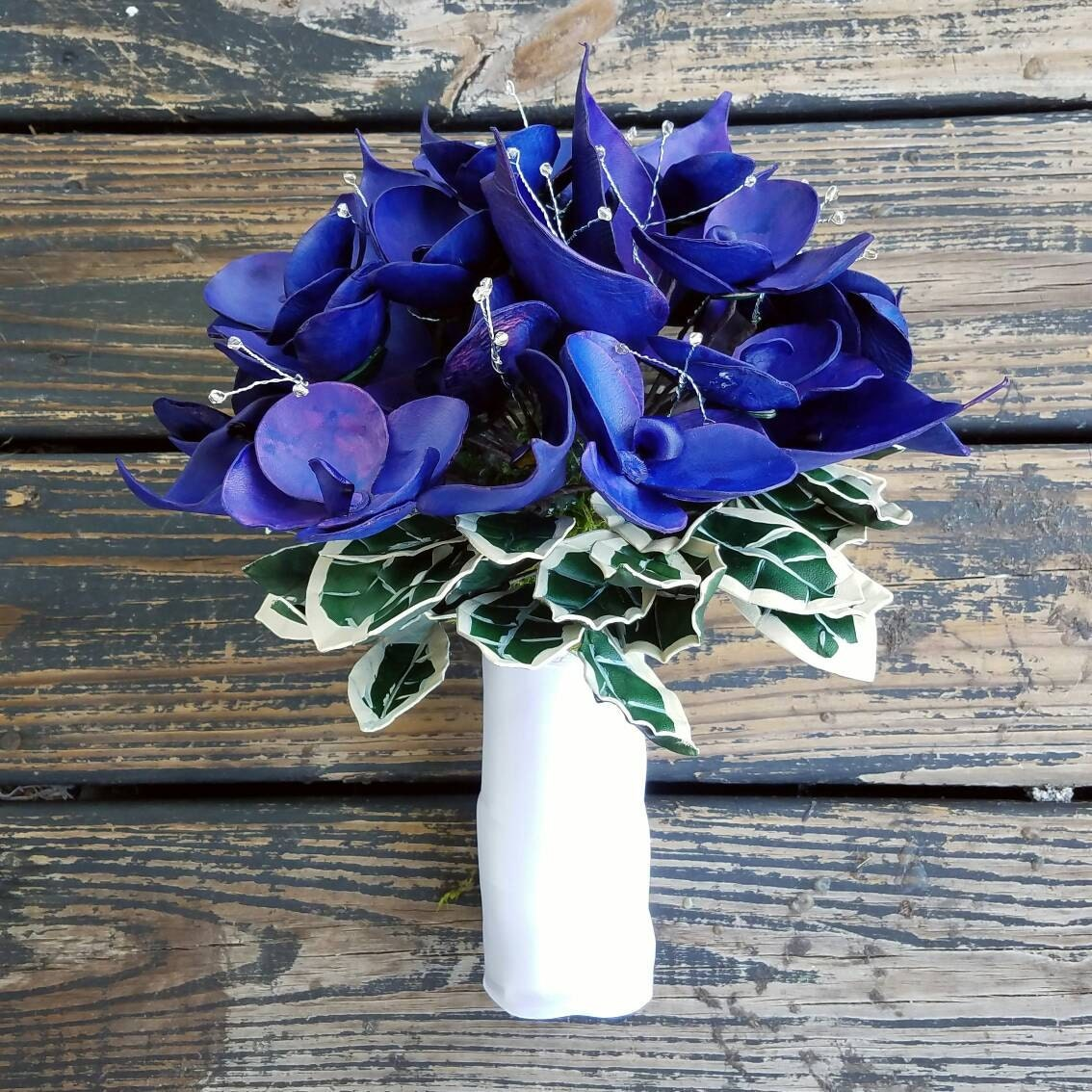 Contemporary Leather Flower Bouquet Model - Wedding and flowers ...