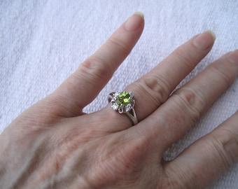 Green stone ring - 192