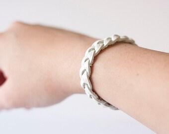 Braided Leather Bracelet / Shimmer White