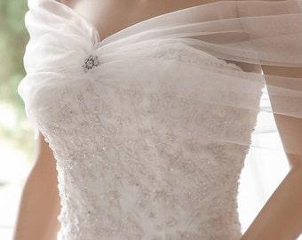 "Bridal Wrap, Wedding Cover Up, Wedding Shrug, Bridal Bolero in silk, tulle white or ivory bridal shawl. Can be worn two ways! ""Danielle"""