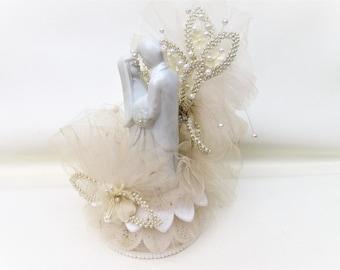 Vintage Wedding Cake Topper | Bride and Groom Cake Topper | Wedding Figurine | Bride Groom Figurine