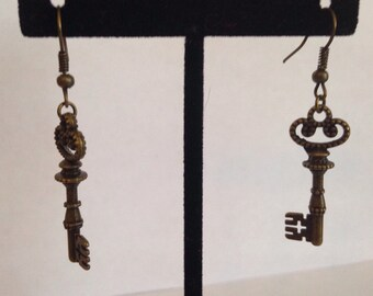 Bronze key earrings, Skeleton Key Earrings -Key Jewelry- Key Earrings -Skeleton Key Jewelry-gifts for her-skeleton key