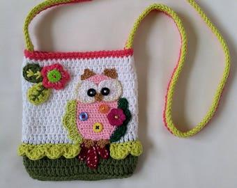 Girl's crossbody bag with owl.
