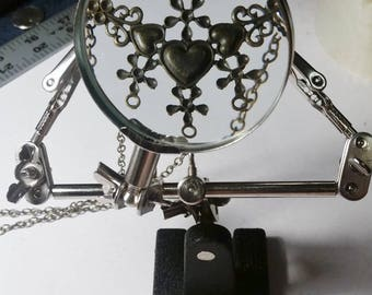 Helping Hands, Magnifying Glass, Third Hand, Helper, Soldering, Jewelry holder, Electronics, Model Making, Hobbies, Crafts, Repair