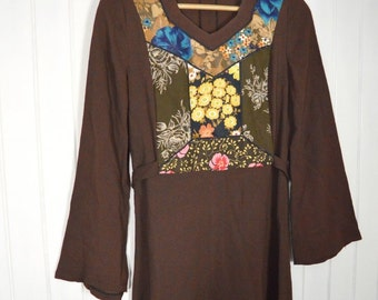 Vintage maxi hippie dress with sheer sleeves