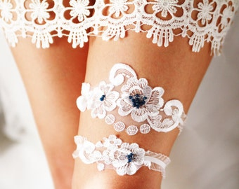 Wedding Garter Set Bridal Garter Set - White Lace Garter Set - Rustic Wedding Garter Vintage Inspired Garter Belt