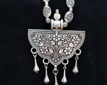 Boho necklace and earrings set, India, gifts for her, boho necklace, tribal pendant, ethnic necklace. India, oxidized silver jewelry