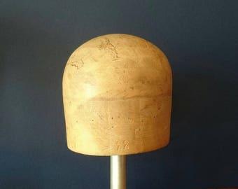 Crown Hat block 52.5cm