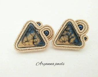 Little triangle soutache earring