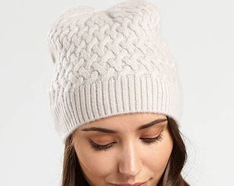 Neutral Cashmere Cabled Hat