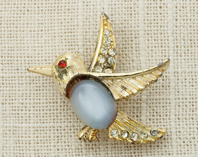 Gold Rhinestone Bird  Brooch Vintage Etched Grey Blue Cabachon Red Eye Broach Costume Jewelry Pin 6Y