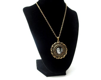 Vintage Unmarked Gold Tone Metal Black & White Etched Owl on Stump / Log Circular Shaped Medallion Pendant Necklace