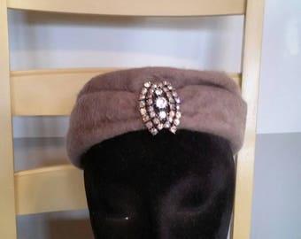 Vintage tan faux fur dressy ladies hat with sparkly rhinestone look pin womans hat