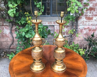Vintage Pair of Hollywood Regency Chinese Oriental Gold Vase Lamps