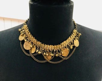 Vintage 1970s Gold Coin and Chain Choker Short Necklace