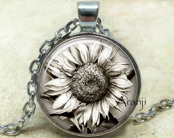 Sunflowers, sunflower pendant, sunflower necklace, sunflower jewelry, sunflower art pendant, black and white sunflower Pendant #PL158P