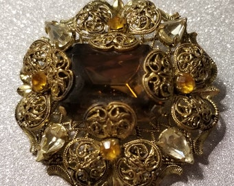 Vintage Goldtone Pin Brooch with Root beer Center Stone and Clear and Yellow Rhinestones