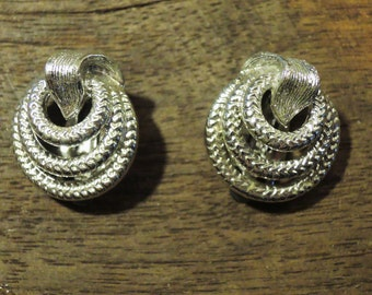 Signed Lisner Silver Tone Clip Earrings 1950-'60s