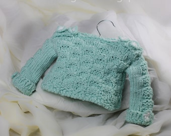 Loom Knit Baby Sweater Pattern: Checkerboard Pattern on Sleeves and Body of Sweater Pullover. Loom Knitting PDF PATTERN! 12 Month Size.