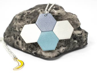 "Necklace ""The Mayan"" blue, light gray, white and grey-blue leather"