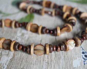 Mother-of-Pearl Shell, Coconut Shell and Wood Beads Necklace and Earring Set / Wood Necklace / Gifts for Her / Earthy Necklace / Jewelry Set