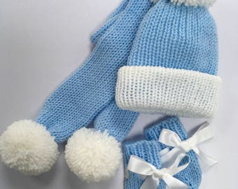 Hat,scarf and mittens set