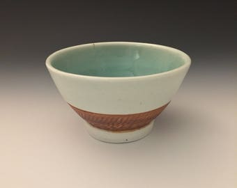 Wheel-thrown Ceramic Porcelain Rice Bowl with Green and White Glaze
