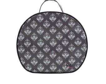 Damask Round Cosmetic Bag Bathroom Storage Accessory Case