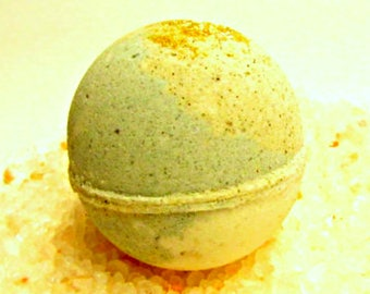 SALE Cucumber Watercress - Buttermilk Bath Bomb Fizzy, handmade with Green Tea Powder, Spirulina and Avocado Oil, Soothing Suds Bath & Body