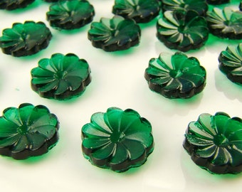 Vintage Emerald Green Pressed Glass Flower Cabochons 11mm - 6