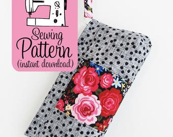 Violet Clutch PDF Sewing Pattern | Sew a clutch purse with a concealed zipper and fabric zip pull using this handbag pattern PDF.