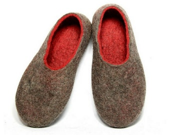 Charcoal Red Boiled Wool Felted Slippers, Eco Friendly Wool House Shoes, Rubber Soles, Minimalist Shoes, Rustic Gift for Her, Romantic Gifts