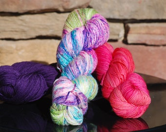 The Doodler Shawl Kit in Pink and Purple