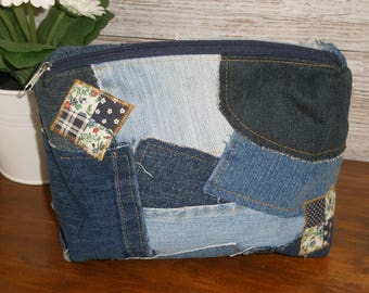 Upcycled jeans pouch, Makeup bag, Jeans cosmetic bag, Toiletry bag for women, Patchwork pouch, Denim pouch, Repurposed jeans,Carry all pouch