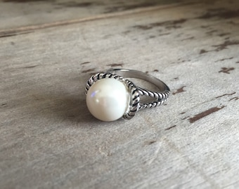 White Pearl Rhodium Plated Sterling Silver Ring; Size 7; Large Pearl Ring; Sterling Silver Ring; Pearl Ring; Pearl Jewelry