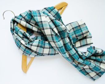 Blanket Scarf Plaid, Shawl Woman, Traveler Gift Girlfriend, Travel Accessory, Sister Gift for Her, Clothing Gift . DAYDREAMER SCARF