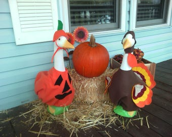 Goose Clothing Set - The perfect Thanksgiving Pair for Plastic or Concrete Lawn Goose - Tom Turkey n Pete Pumpkin Outfits