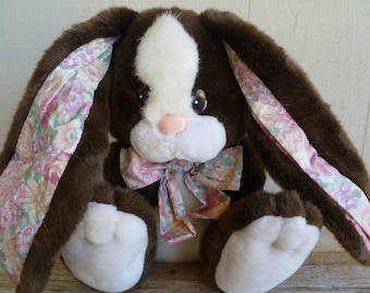 Vintage Plush Bunny Rabbit  Commonwealth
