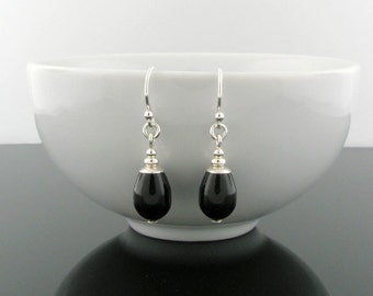 Black Teardrop Earrings, Silver and Pearl Earrings, Pearl Sterling Silver Dangle Earrings, Black Jewelry, Simple Drop Earrings, Handmade
