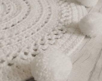 Pom Pom Rug. Nursery Rug. Playmat. Circle Rug. White Rug. Nursery Decor. Round Rug. Crochet Rug