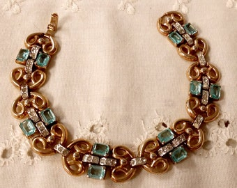Crown Trifari 1940's Vermeil Blue Topaz Open Backed Glass & Rhinestone Link Bracelet Top Quality