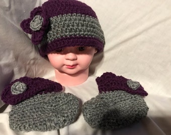 Infant hat with matching booties